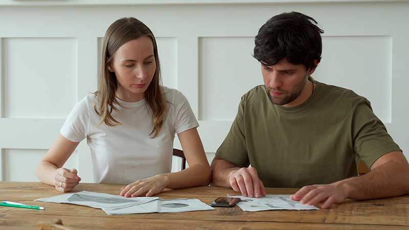 how will claiming bankruptcy affect my spouse