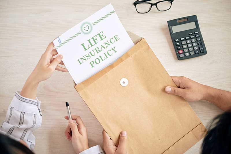 What happens to life insurance with no beneficiary